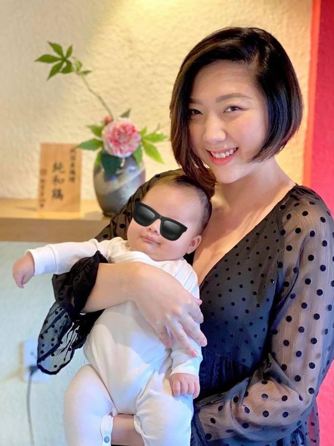Trấn Thành chia sẻ ảnh hiếm hồi còn trẻ của mẹ, ai cũng bồi hồi xúc động vì điều đặc biệt lại tái hiện sau gần 30 năm  - Ảnh 2.