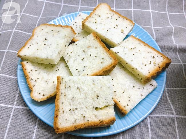 Chỉ 15 phút cũng làm được bánh mì kiểu Pháp ăn sáng cực sang chảnh - Ảnh 2.