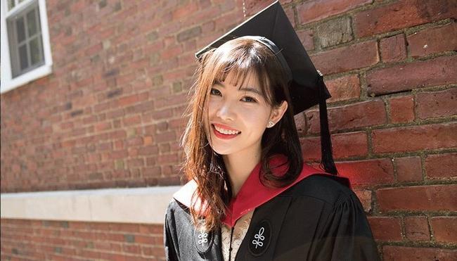 Chuyện về nữ sinh từ chối vào trường đại học hàng đầu Trung Quốc: 20 tuổi trở thành mẹ đơn thân, 2 năm sau đã làm nên điều phi thường - Ảnh 2.