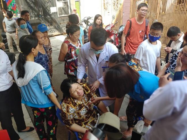 Xót xa hoàn cảnh nam sinh lớp 6 tử vong do bị cây phượng đè: Gia đình thuộc hộ cận nghèo của quận, mẹ mới sinh em được 3 ngày - Ảnh 5.