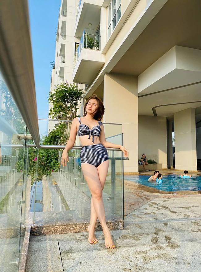 """Mới vào hè mà dàn mỹ nhân Việt đã thi nhau diện bikini khoe body """"cực gắt"""": Hội trên 30 tuổi """"chặt đẹp"""" lứa đàn em 9X - Ảnh 7."""