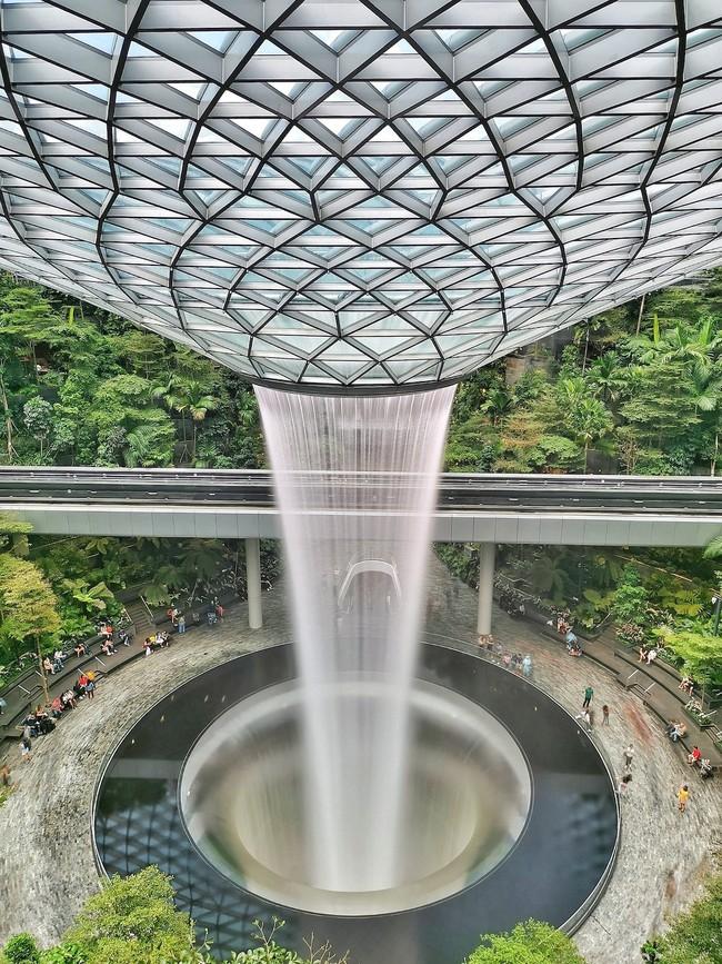 Vượt qua 10.000 đối thủ, bức ảnh Cầu Vàng của Việt Nam xuất sắc giành chiến thắng giải nhiếp ảnh Architecture 2020 - Ảnh 14.