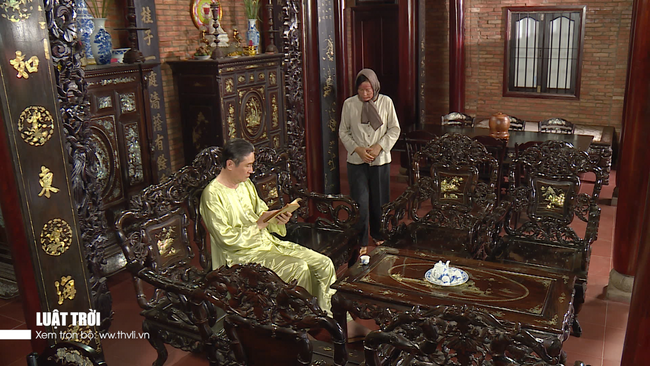 """""""Luật trời"""" tập 32: Trang (Ngọc Lan) - Được (Huy Khánh) độc ác giết bà mụ, dọn sạch quá khứ tráo con  - Ảnh 8."""