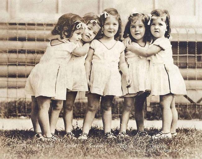 Cuộc đời đầy gian truân của 5 chị em gái trong ca sinh 5 đầu tiên vô cùng hiếm trên thế giới, trở thành trò mua vui cho thiên hạ rồi bị cha đẻ lạm dụng - Ảnh 5.