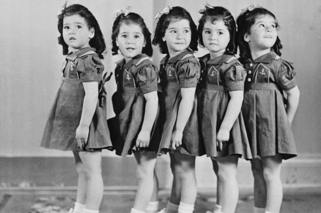 Cuộc đời đầy gian truân của 5 chị em gái trong ca sinh 5 đầu tiên vô cùng hiếm trên thế giới, trở thành trò mua vui cho thiên hạ rồi bị cha đẻ lạm dụng - Ảnh 8.