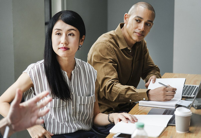 """Nói người trẻ Việt chỉ biết """"im"""" khi làm việc, chuyên gia Nguyễn Phi Vân chỉ ra 7 chữ C cần nhớ trong mọi cuộc trò chuyện - Ảnh 3."""