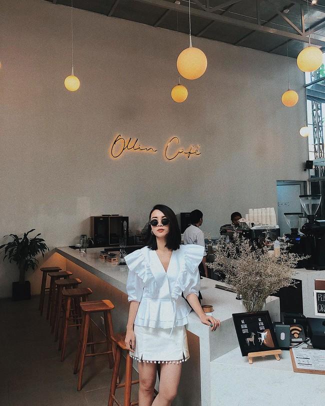 """Chiêm ngưỡng 11 outfit đẹp quá mức quy định của mỹ nhân Việt, bạn sẽ muốn """"quẩy"""" đồ trắng tới bến trong Hè này - Ảnh 12."""