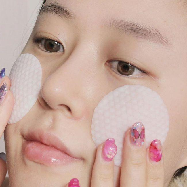 Theo các chuyên gia: Đây là 5 cách nhanh nhất giúp lỗ chân lông mờ đi trông thấy, da ngày càng đẹp hoàn mỹ - Ảnh 3.