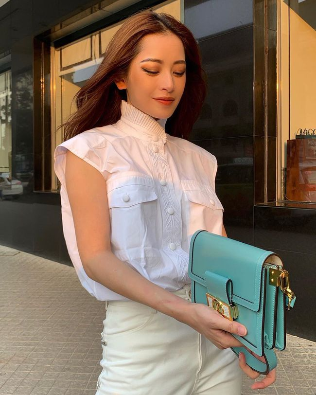 """Chiêm ngưỡng 11 outfit đẹp quá mức quy định của mỹ nhân Việt, bạn sẽ muốn """"quẩy"""" đồ trắng tới bến trong Hè này - Ảnh 8."""
