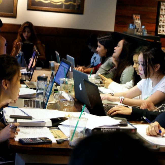 """Nói người trẻ Việt chỉ biết """"im"""" khi làm việc, chuyên gia Nguyễn Phi Vân chỉ ra 7 chữ C cần nhớ trong mọi cuộc trò chuyện - Ảnh 7."""