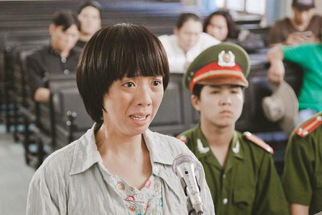 """Phim Việt về tình mẹ không thể bỏ qua: Thu Trang làm mẹ khờ nuôi con, Trương Ngọc Ánh gây sửng sốt với """"Áo lụa Hà Đông""""  - Ảnh 3."""