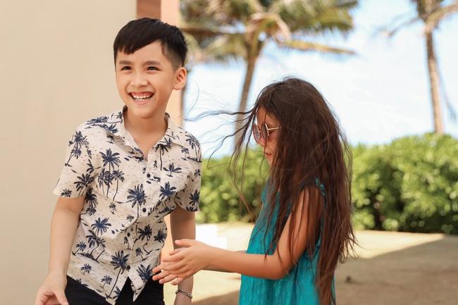 Thu Trang đẹp dịu dàng, bật cười thích thú khi con trai thân thiết với con gái Đoan Trang - Ảnh 4.