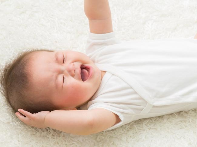 Có 3 biểu hiện này trong khi ngủ, chứng tỏ trẻ rất thông minh - Ảnh 1.