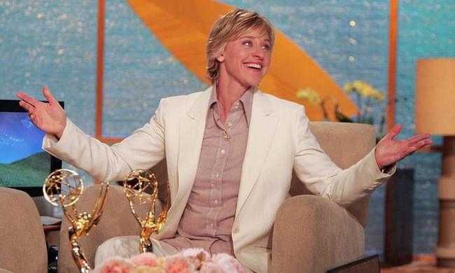 Thăng trầm cuộc đời Ellen DeGeneres: Tuổi thơ bị bố dượng lạm dụng, nhìn bạn gái chết trước mắt, bị nước Mỹ quay lưng chỉ vì muốn sống thật - Ảnh 4.