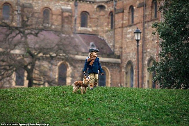 Tan chảy với những hình ảnh siêu cấp đáng yêu giữa cậu bé 2 tuổi và chú chó cưng - Ảnh 28.