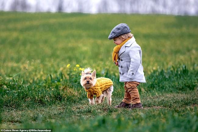 Tan chảy với những hình ảnh siêu cấp đáng yêu giữa cậu bé 2 tuổi và chú chó cưng - Ảnh 7.