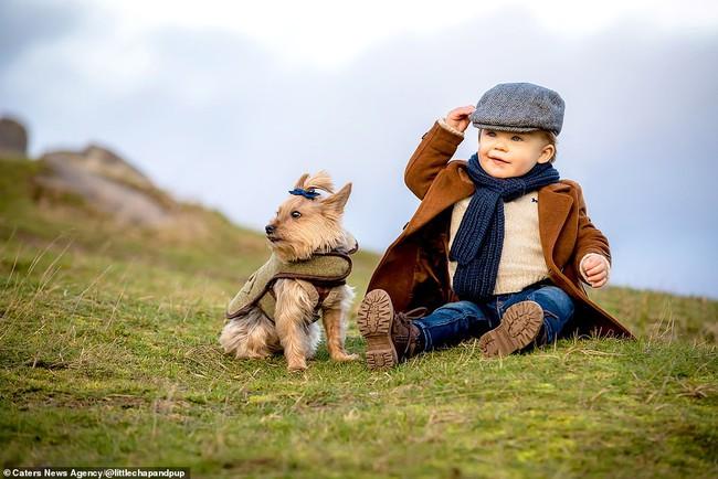 Tan chảy với những hình ảnh siêu cấp đáng yêu giữa cậu bé 2 tuổi và chú chó cưng - Ảnh 24.