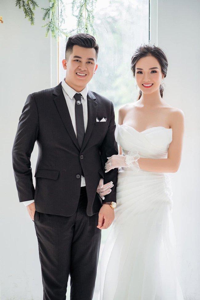 """Cuộc sống hôn nhân """"lạ"""" của đôi vợ chồng doanh nhân có 15 triệu like Tiktok, đặc biệt hơn cả là mối quan hệ của mẹ chồng - mẹ vợ khi sống chung một nhà! - Ảnh 3."""