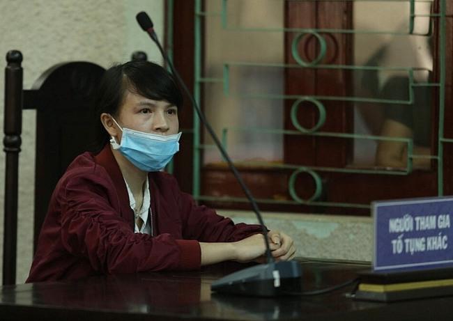 Xét xử mẹ nữ sinh giao gà ở Điện Biên: Luật sư của Vì Thị Thu vắng mặt, HĐXX đề nghị hoãn phiên tòa - Ảnh 8.