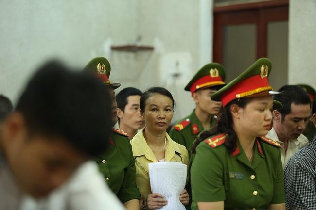 Đang xét xử mẹ nữ sinh giao gà ở Điện Biên về tội buôn bán trái phép chất ma tuý - Ảnh 5.