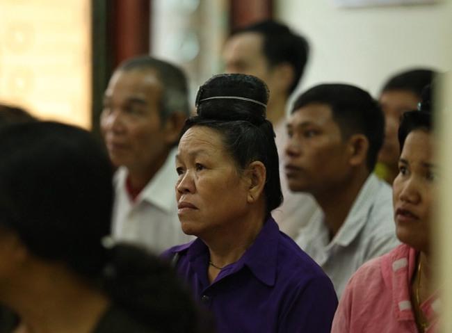 Đang xét xử mẹ nữ sinh giao gà ở Điện Biên về tội buôn bán trái phép chất ma tuý - Ảnh 4.
