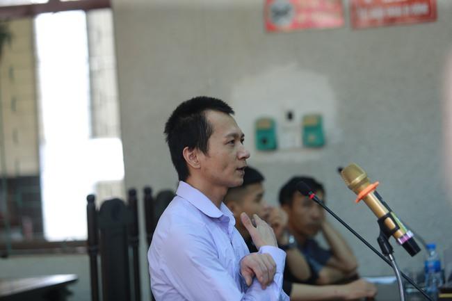 """Nhóm sát nhân sát hại nữ sinh giao gà ở Điện Biên kêu oan nói bị ép cung, đánh đập: """"Bị cáo toàn bị đánh đập trước khi lấy lời khai"""" - Ảnh 3."""