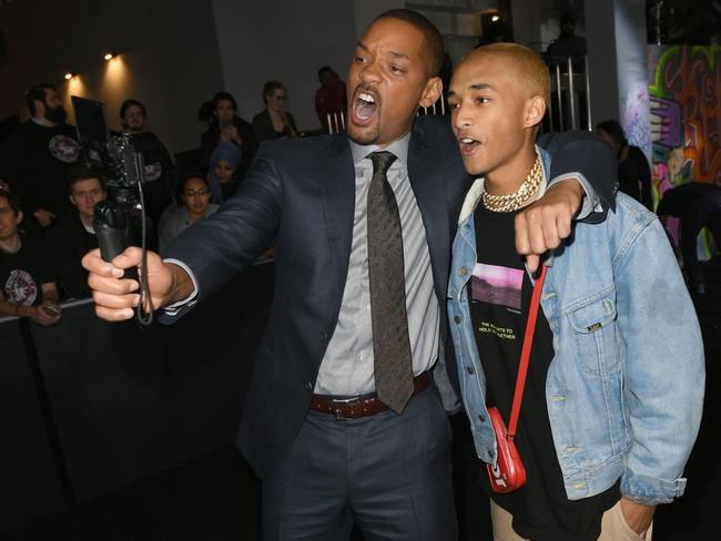 """Jaden Smith - con trai Will Smith: Từ cậu bé khiến bố mẹ bị mắng chửi là người """"không biết dạy con"""" cho tới biểu tượng truyền cảm hứng cho cộng đồng LGBT - Ảnh 11."""