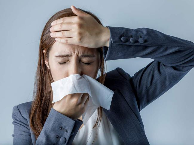 Chuyên gia chỉ cách phân biệt viêm xoang với cảm lạnh - Ảnh 1.