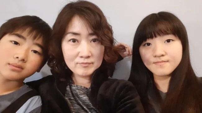 """Những """"Ông bố ngỗng"""" ở Hàn Quốc: Nai lưng làm việc để vợ con được ra nước ngoài sống, chấp nhận cuộc đời gắn liền với những bữa cơm một mình - Ảnh 1."""