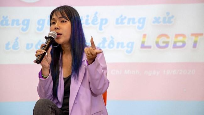 Bệnh viện Da Liễu TP HCM: Các bạn cộng đồng LGBT cứ yên tâm đến với chúng tôi - Ảnh 2.