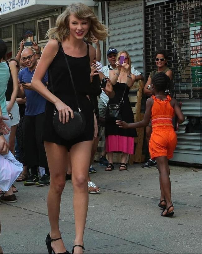 """Sau 6 năm trời, Taylor Swift cuối cùng cũng được minh oan vụ """"phân biệt chủng tộc"""" với fan da màu - Ảnh 3."""