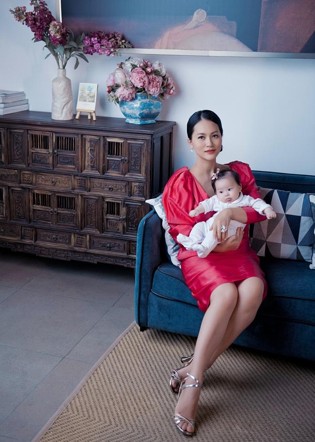 """Nữ diễn viên """"Chuyện của Pao"""" Hải Yến sinh liền 3 nhóc tỳ trong 5 năm ở ẩn, cuộc sống tất bật khiến mẹ bỉm sữa nào cũng đồng cảm - Ảnh 7."""