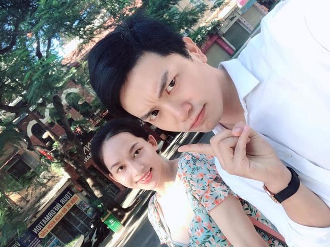 """""""Người ấy là ai?"""": Lộ ảnh nữ chính chuyển giới Hà An lặn lội lên Hà Nội từ 6 sáng để hẹn hò với chàng bác sĩ Hồng Sơn - Ảnh 2."""