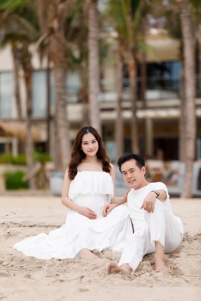 Sara Lưu - mẹ bầu số hưởng nhất nhì Vbiz khi Dương Khắc Linh luôn ân cần chăm sóc và đưa đi du lịch khắp nơi - Ảnh 5.