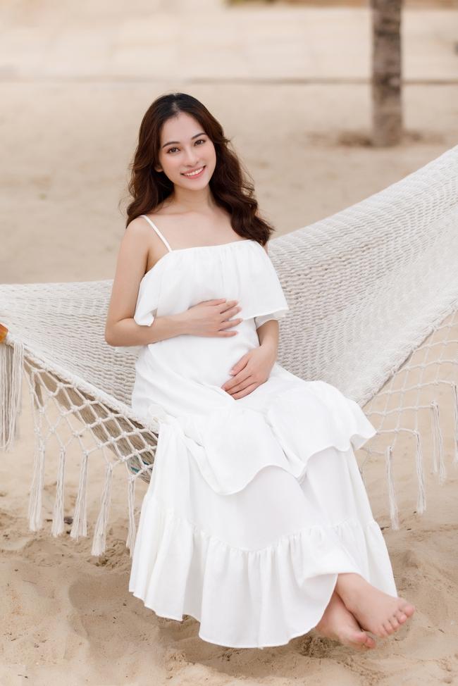 Sara Lưu - mẹ bầu số hưởng nhất nhì Vbiz khi Dương Khắc Linh luôn ân cần chăm sóc và đưa đi du lịch khắp nơi - Ảnh 4.
