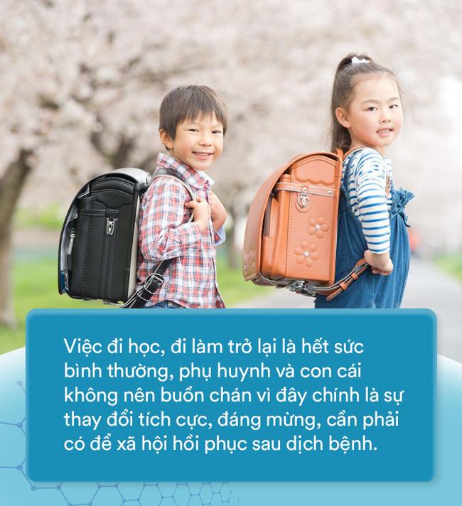 Thời tiết thất thường, cha mẹ và con cái thuộc các gia đình trẻ đang phải đối mặt với những thử thách gì? - Ảnh 1.