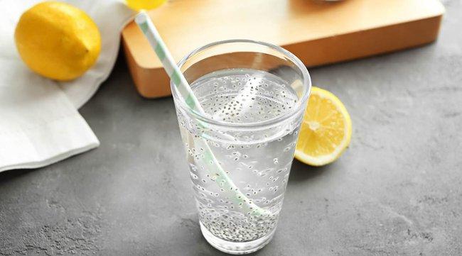 Uống đủ nước lọc đã giúp giảm cân nhưng nếu cho thêm 5 thứ này, bạn sẽ còn gầy đi nhanh nữa - Ảnh 3.