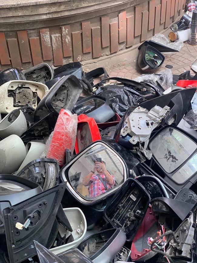 Mục sở thị nhóm trộm và hằng nghìn cặp gương và phụ tùng ô tô bị vặt tại Hà Nội - Ảnh 3.