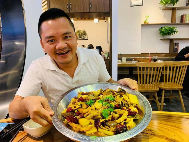 Nghệ nhân ẩm thực Nguyễn Dzoãn Cẩm Vân xuất hiện ăn cơm cùng con trai, món ăn cô nấu vẫn ngon và hấp dẫn như ngày nào - Ảnh 5.