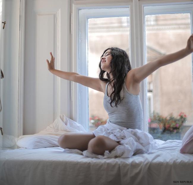 Có 5 thói quen tốt này, phụ nữ luôn trẻ trung hơn so với tuổi thật của mình - Ảnh 3.