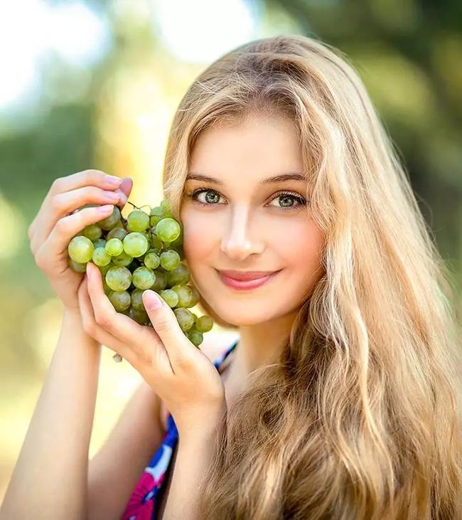 8 loại trái cây mùa hè càng ăn càng có làn da khỏe mạnh, trắng sáng chắc chắn chị em nào cũng thích mê - Ảnh 1.