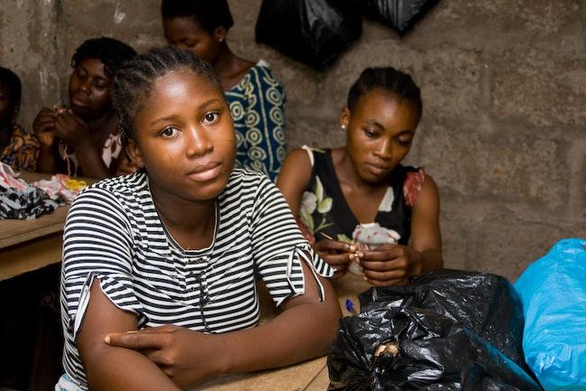 """Trokosi: Thứ hủ tục ám ảnh phá nát đời của những bé gái bị ép làm nô lệ tình dục, lao động khổ sai suốt kiếp để """"trả nợ cho cha"""" - Ảnh 5."""