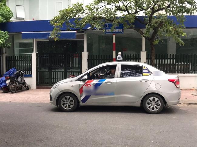 Tài xế taxi chẳng nhàn như người ta nghĩ: Ăn nghỉ vạ vật dưới trời nắng nóng khiến nhiều người bị shock nhiệt, ảnh hưởng đến sức khỏe mà thu nhập chẳng đáng là bao - Ảnh 6.