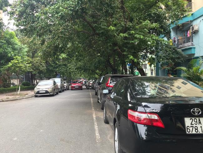 Tài xế taxi chẳng nhàn như người ta nghĩ: Ăn nghỉ vạ vật dưới trời nắng nóng khiến nhiều người bị shock nhiệt, ảnh hưởng đến sức khỏe mà thu nhập chẳng đáng là bao - Ảnh 7.