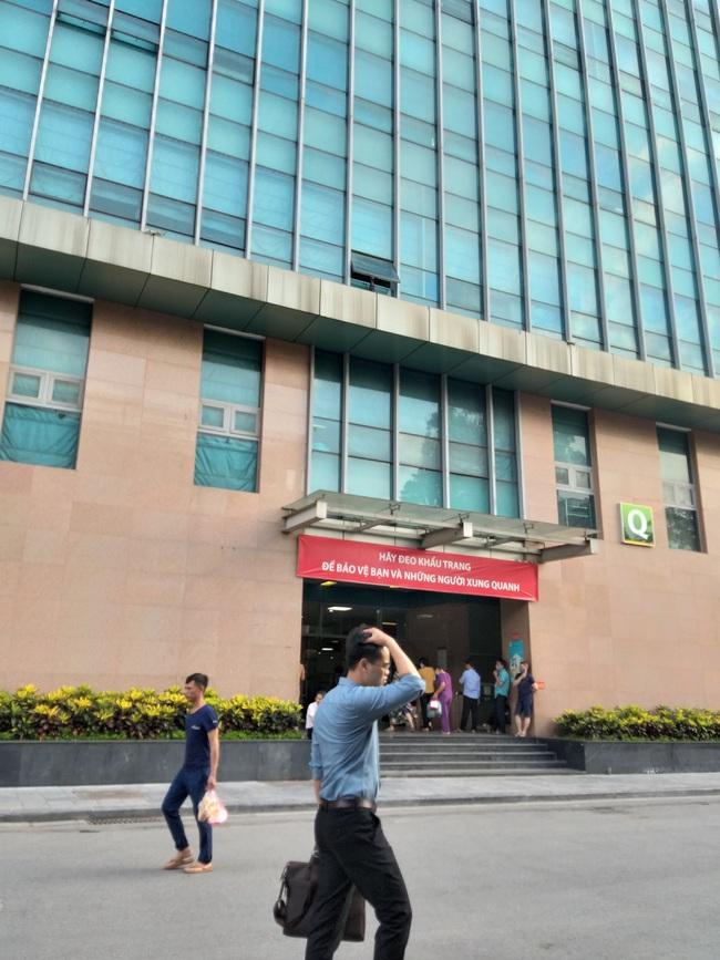 Cô gái mạo danh tiến sĩ BV Bạch Mai thông báo tình hình sức khỏe của bệnh nhân để lừa 100 triệu đồng - Ảnh 2.