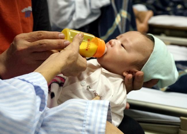 Mắc ung thư máu khi mang thai tuần 34, bà mẹ quyết giữ con dù đớn đau tột cùng   - Ảnh 6.