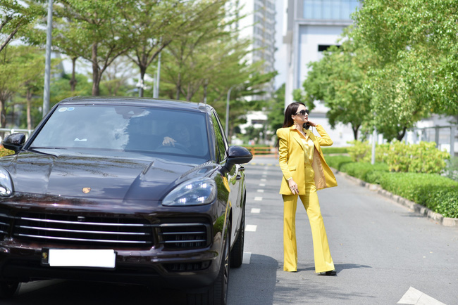 """Clip Hương Giang hát """"Cò lả"""", Hoa hậu nhí 15 tuổi khoe trọn chân dài thần thái cực xinh đẹp  - Ảnh 2."""