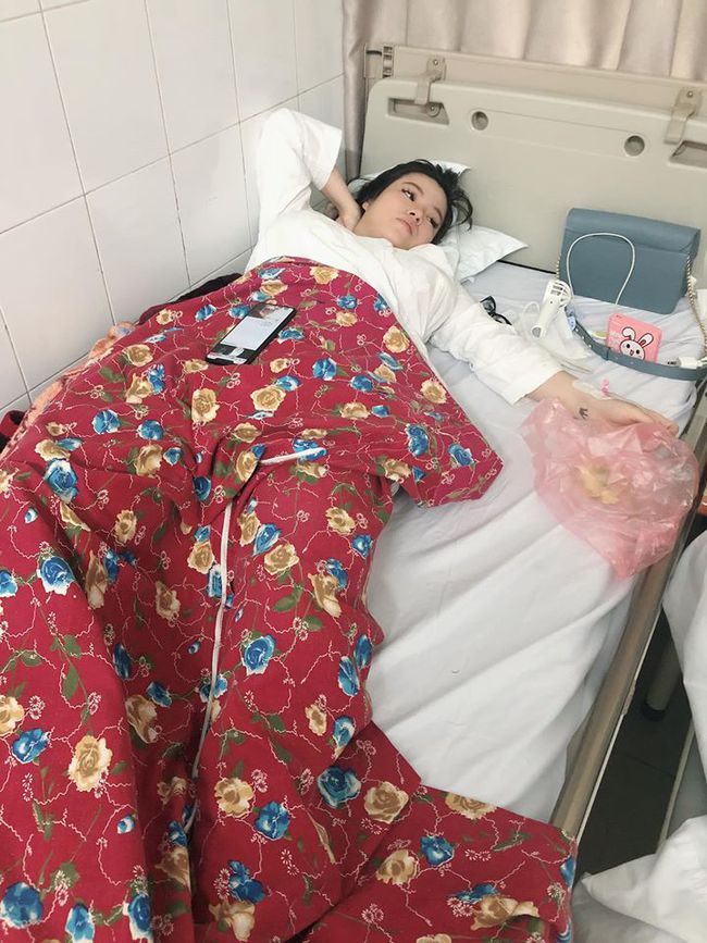 Bỗng dưng sốt cao sau 7 ngày sinh con, mẹ Hà Nội bị chẩn đoán sót nhau thai, chậm 1-2 ngày là nguy hiểm tính mạng - Ảnh 1.