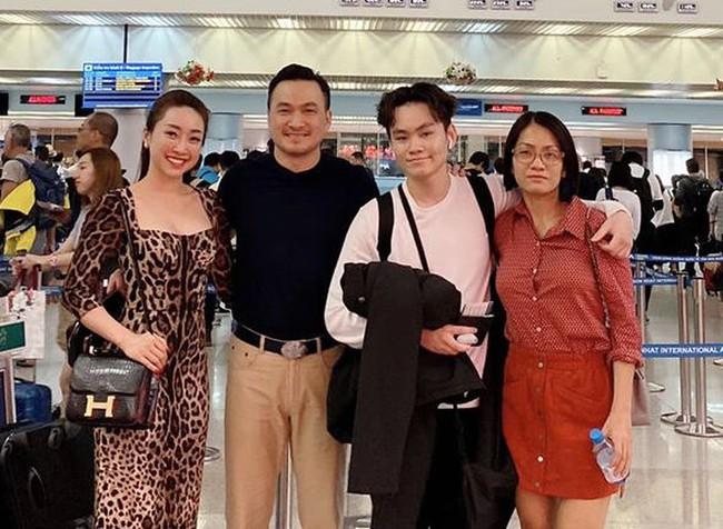 """Những gia đình đặc biệt của Vbiz: Bằng Kiều - Trizzie Phương Trinh làm bạn hậu ly hôn, Chi Bảo đưa tình nhân """"ra mắt"""" vợ cũ - Ảnh 4."""