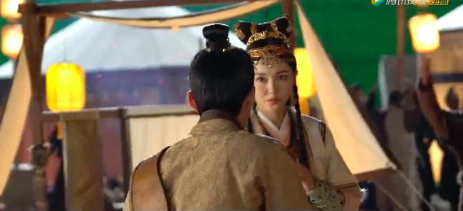 """""""Yến Vân Đài"""": Lộ cảnh Đường Yên đánh nhau với Đậu Kiêu, bà bầu mang song thai mặt vẫn nhỏ nhắn đẹp xinh - Ảnh 10."""